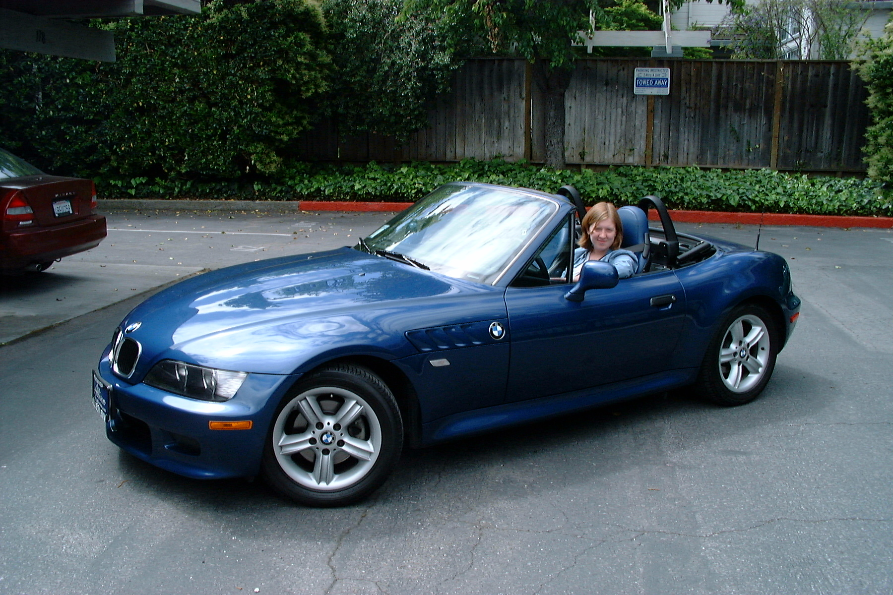 2000 bmw z3 2 5l 6cyl warrantied to may 2007 below market value. Black Bedroom Furniture Sets. Home Design Ideas